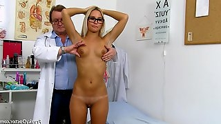 Gyno Doctor Checks Wet Pussy Of Tall Tanned Blonde With Glasses