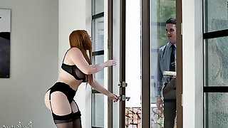 Curvy brunette MILF Summer Hart gets two cocks in every hole