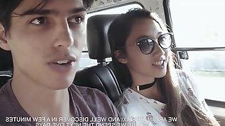 Asian girlfriend Luna X gives a wonderful blowjob on the beach