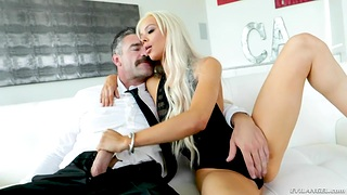 Blonde babe Elsa Jean is fucked hard by hot blooded gutsy Charles Dera